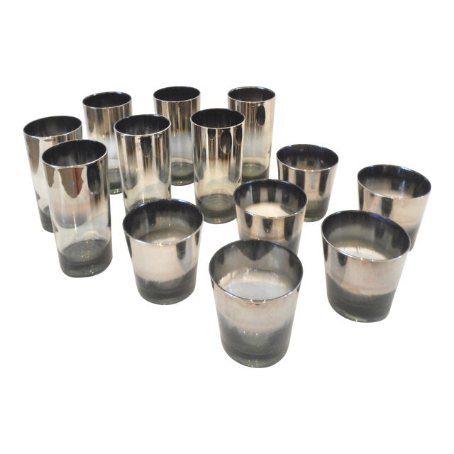 Vintage Dorothy Thorpe Style Silver Metallic Cocktail Glasses - 13 Piece Set For Sale