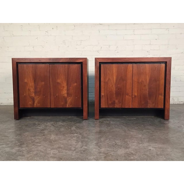 Milo Baughman for Dillingham Mid-Century Modern Nightstands - a Pair - Image 4 of 8