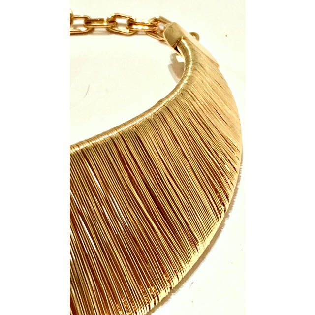 1980's Modernist Napier Style Gold Plate Wire Collar Choker Necklace For Sale In West Palm - Image 6 of 10