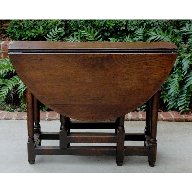 Antique English Traditional Oak Table Drop Leaf Gate Leg Farmhouse Sofa Table For Sale - Image 11 of 13