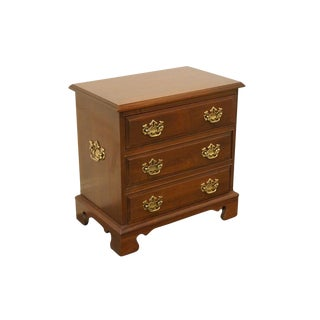Late 20th Century Vintage Pennsylvania House Cherry Chippendale Style Nightstand For Sale