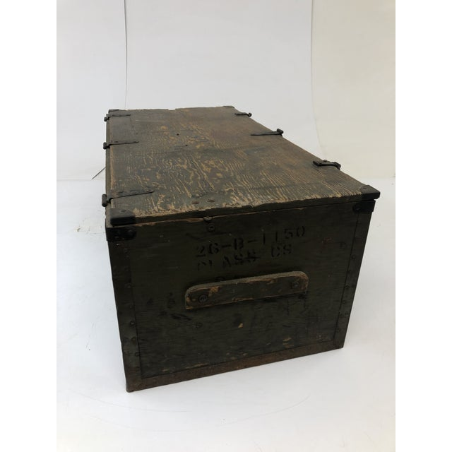 1940s Vintage Military Green Wood Foot Locker Trunk For Sale - Image 5 of 12