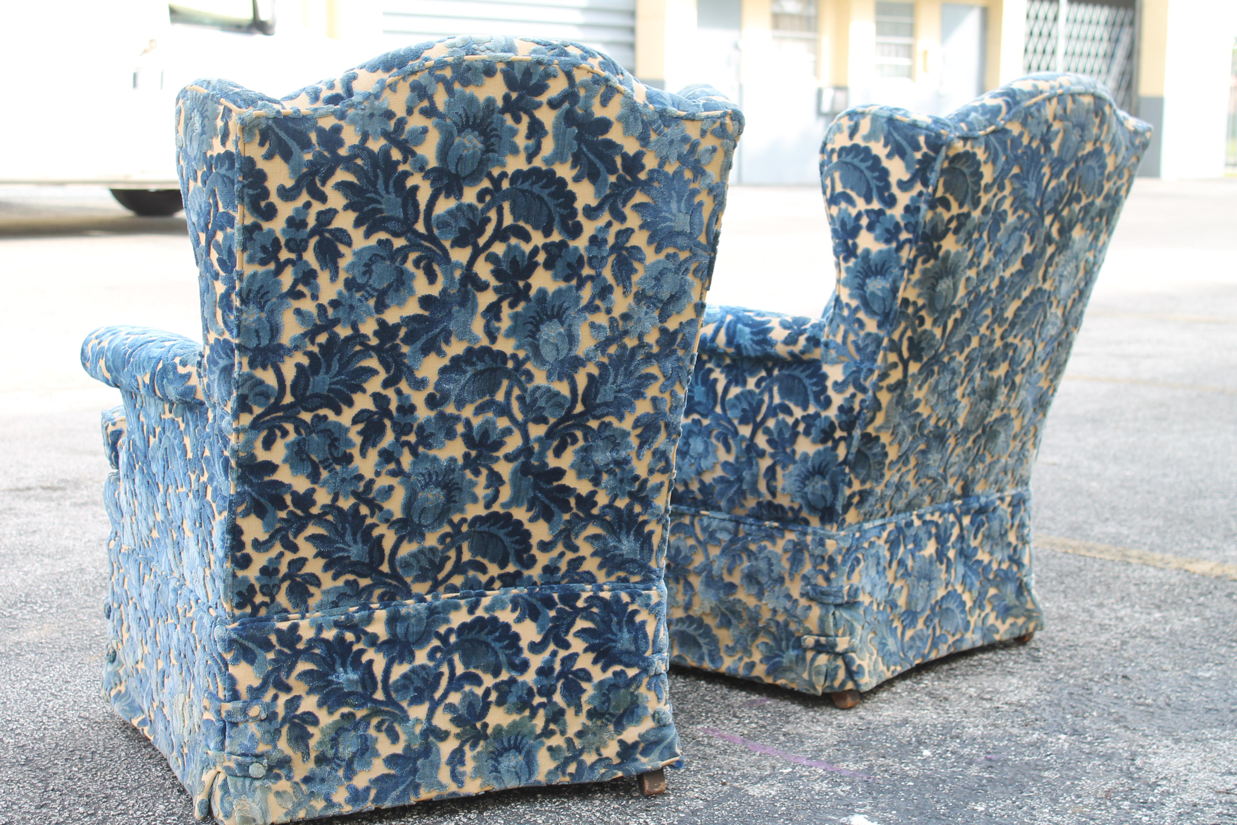 Cut Crushed Velvet Wingback Chairs   A Pair For Sale In Miami   Image 6 Of