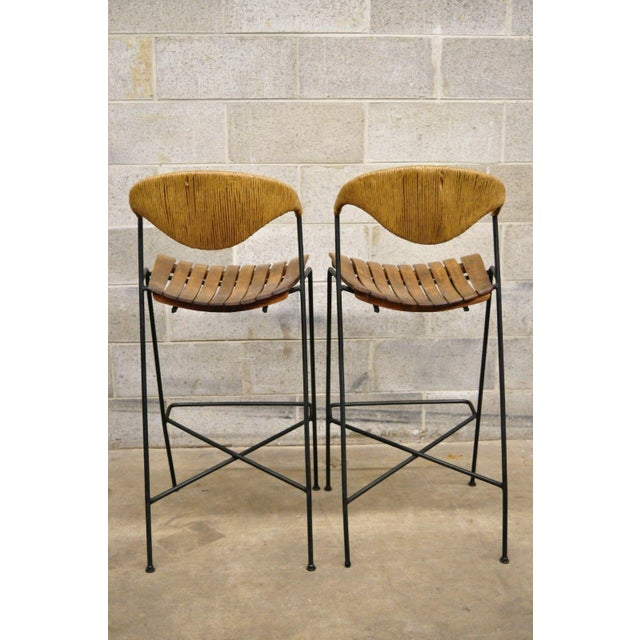 Mid Century Modern Arthur Umanoff Wrought Iron and Rattan Bar and Bar Stools- 3 Pieces For Sale - Image 11 of 13