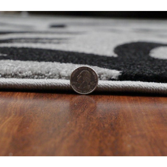 """Transitional Floral Gray & Black Rug - 5'3"""" x 7'7"""" - Image 6 of 6"""