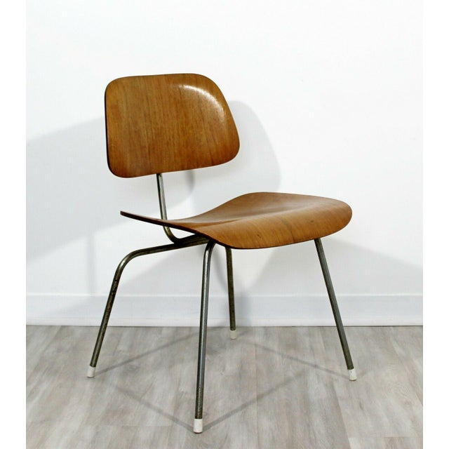 Mid-Century Modern Mid Century Modern Early Original Eames Herman Miller Dcm Side Chair 1950s For Sale - Image 3 of 8