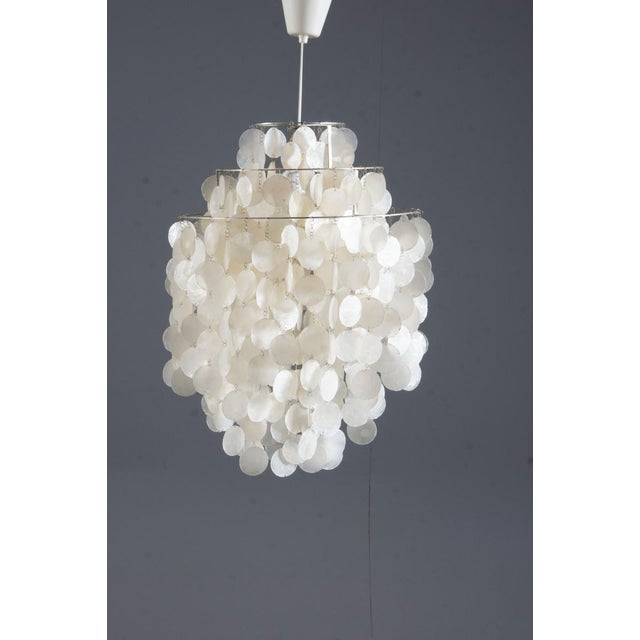 White Fun 1 DM Capiz cap chandelier by Verner Panton for Luber For Sale - Image 8 of 8
