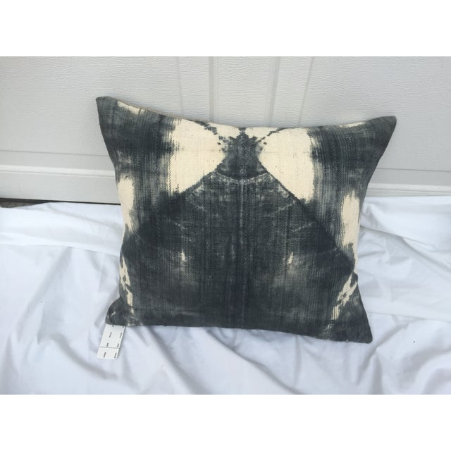 African African Grey Tie-Dye Mud Cloth Pillow For Sale - Image 3 of 5