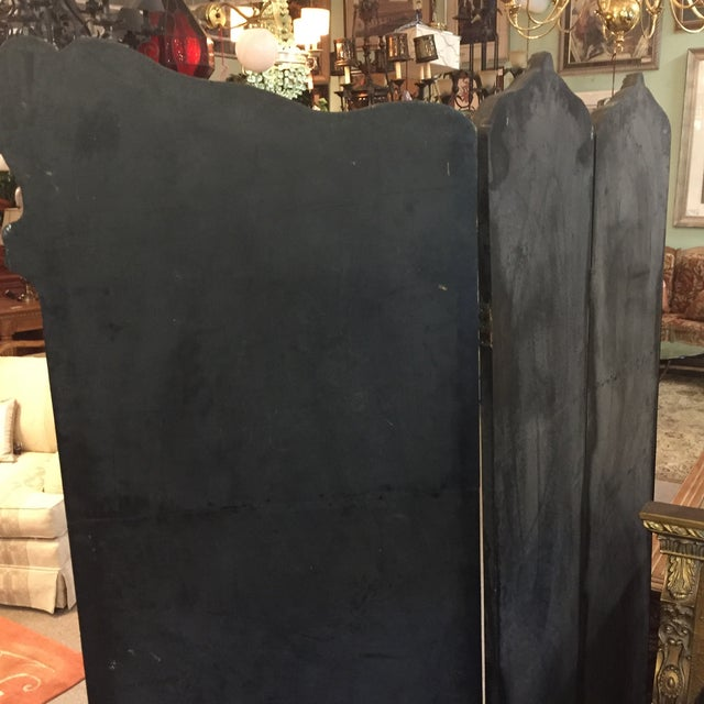 Hand Painted Colonial Scene Divider Screen For Sale - Image 9 of 11