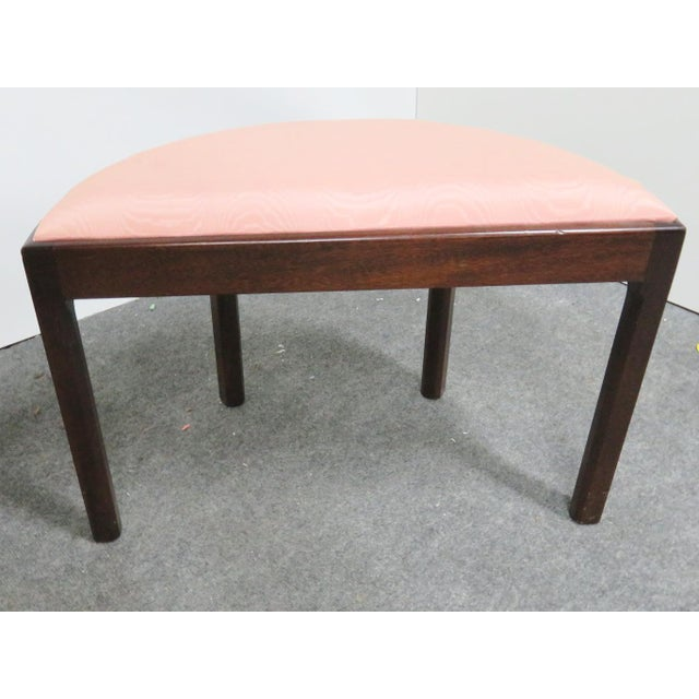 Madison Square Chippendale Mahogany Vanity Bench For Sale - Image 4 of 6
