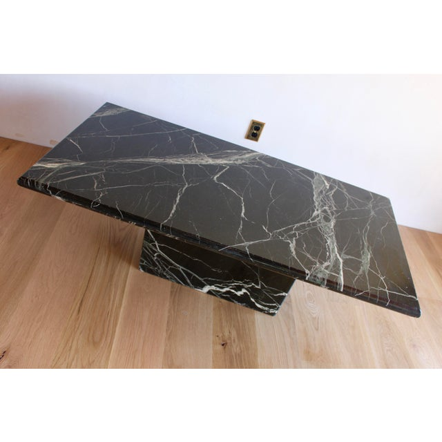 Adirondack Sculptural Mid-Century Italian Vert d'Egypt Green Marble Pedestal Coffee Table For Sale - Image 3 of 13