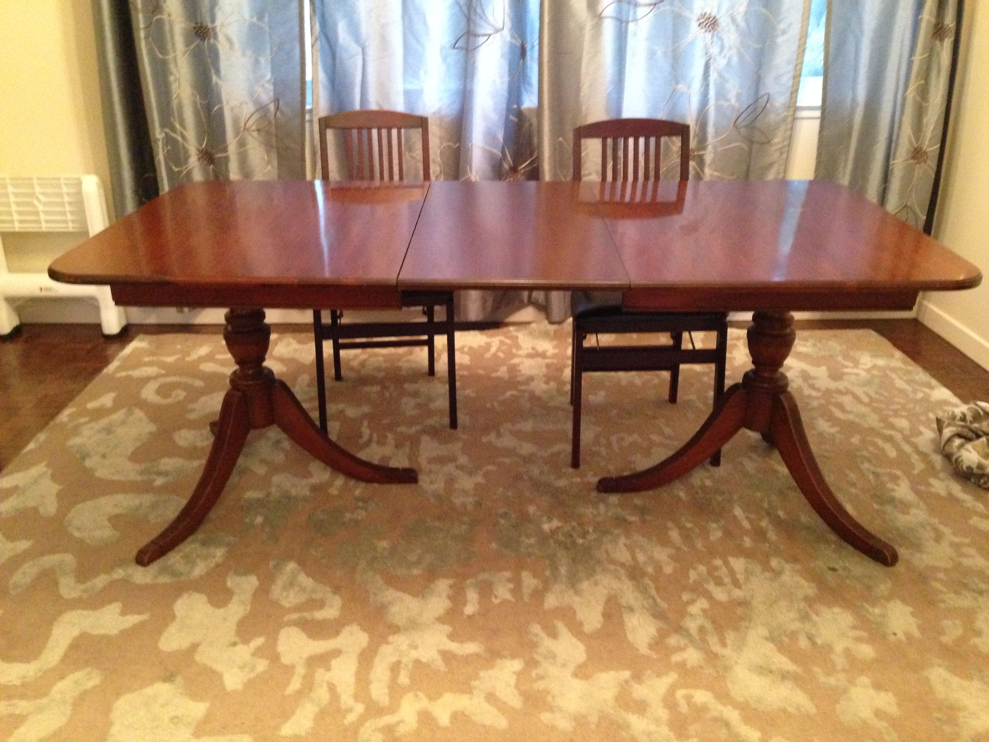1940 u0027s expandable mahogany dining table   image 3     1940 u0027s expandable mahogany dining table   chairish  rh   chairish com