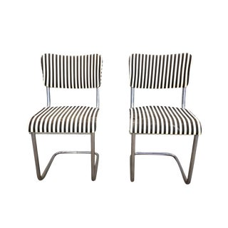Pair of Vintage Designer Mid Century Cantilevered Mart Stam Style Striped Accent Side Chairs For Sale