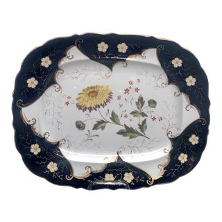 Worcester Porcelain Platter With a Floral Design, England Circa 1790 For Sale