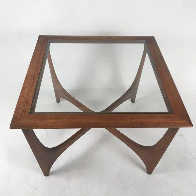1960s Sculptural Midcentury Modern Walnut and Glass End or Side Table by Lane, 1967 For Sale - Image 5 of 7