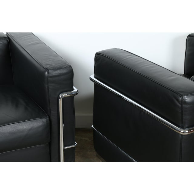 Le Corbusier Style Black Leather Club Chairs - A Pair For Sale - Image 10 of 11