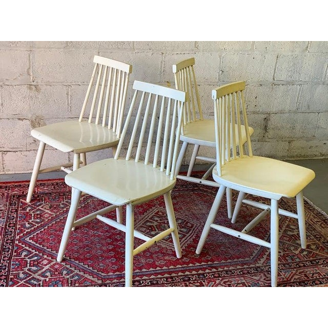Mid Century Modern Spindle Back Dining Chairs - Set of 4 For Sale In New York - Image 6 of 9