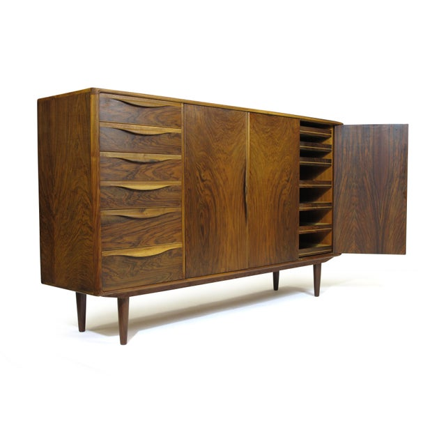 Mid 20th Century Kurt Ostervig for Brande Mobelfabrik Burled Walnut Cabinet For Sale - Image 5 of 10