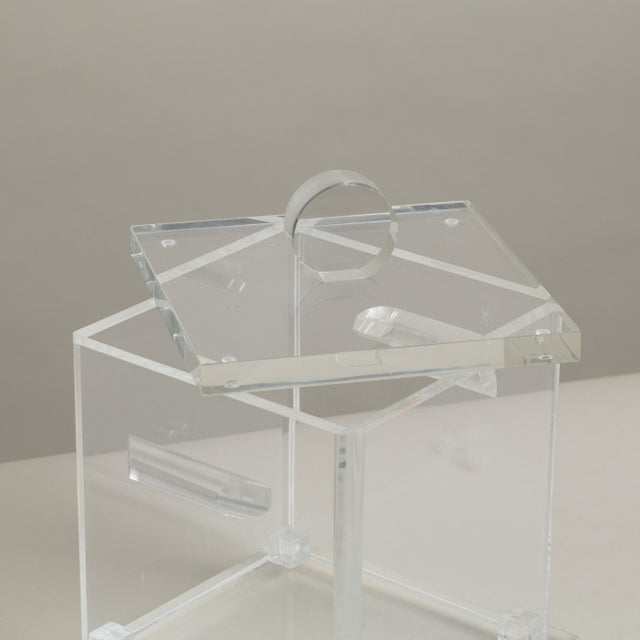 Large Lucite Ice Bucket with Removeable Lid, 1970s For Sale - Image 4 of 4