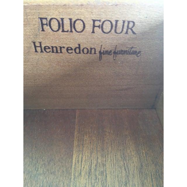 Henredon Folio Four Banded Walnut Single Drawer Nightstand For Sale In Philadelphia - Image 6 of 7