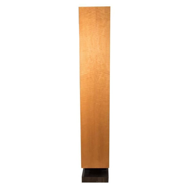 American Art Deco Style illuminated presentation shelving unit or bookcase attractively finished in light maple and...