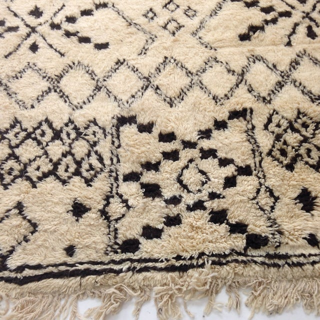 Authentic Moroccan Beni Ourain Rug - 5′5″ × 8′9″ For Sale - Image 5 of 6