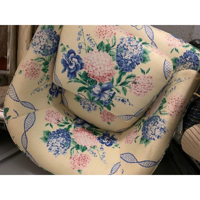 1990s Brunschwig & Fils Pastel Yellow Blue and Pink Floral Hydrangea Swivel Club Chair For Sale - Image 5 of 6