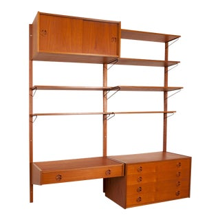 Royal System of Poul Cadovius Wall Mounted Shelves