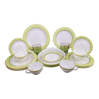 Pyrex Lime Green and Gold Dishware Set For Sale