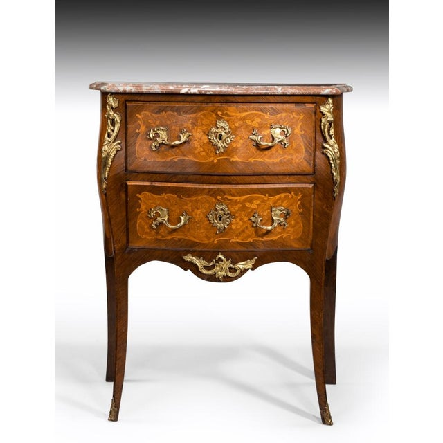 Stunning commode from the 1850s in fabulous condition! Well worth the price.