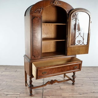 1920s Antique China Cabinet Preview