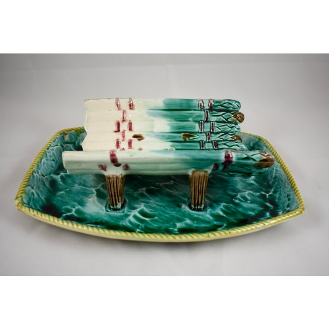 Late 19th Century English Majolica Ocean Themed Asparagus Server For Sale - Image 5 of 11