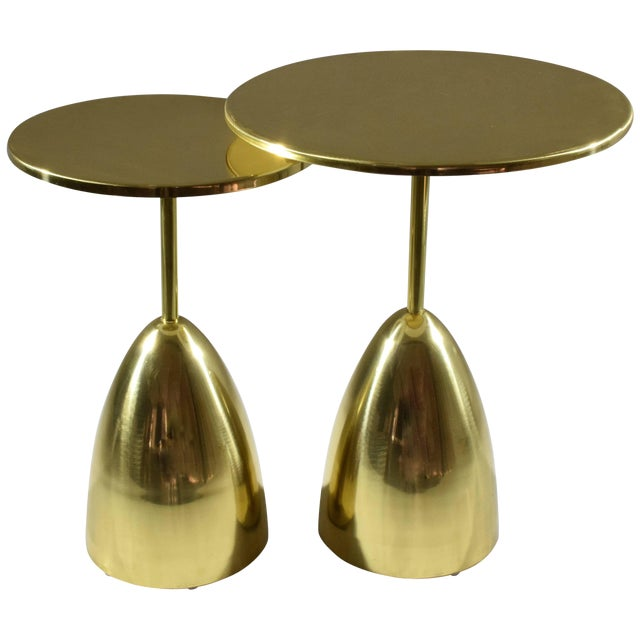 Pair of Contemporary Handcrafted Brass Side Tables, Flow Collection For Sale
