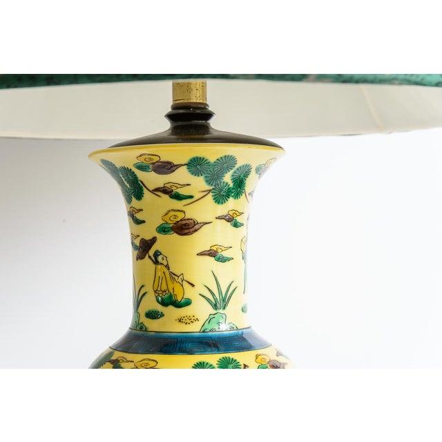Asian Japanese Kutani Porcelain Vase Table Lamp With Custom Shade, C. 1940 For Sale - Image 3 of 13