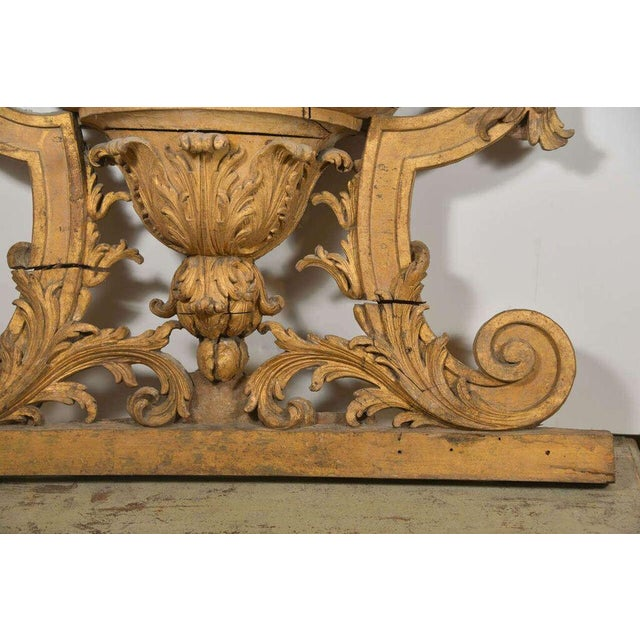 Giltwood Large 18th Century Louis XVI Carved Urn For Sale - Image 7 of 9