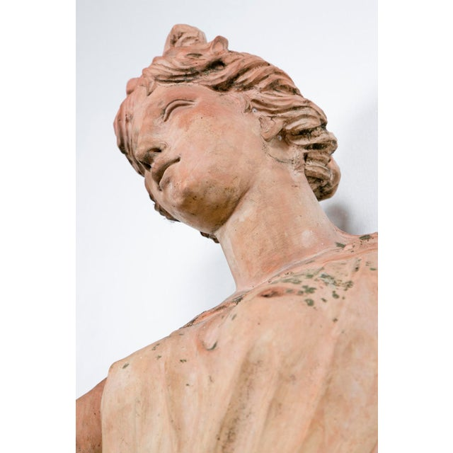 Early 18th Century Large Italian Terra Cotta Statue Of Goddess Flora For Sale - Image 5 of 5