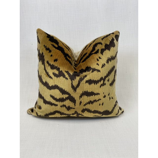 """2020s Scalamandre """"Tiger"""" in Brown and Gold 18"""" Pillow For Sale - Image 5 of 5"""