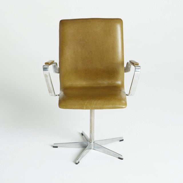Arne Jacobsen Leather Oxford Chair - Image 9 of 11