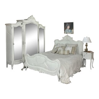 19th Century French Louis XV Painted Bedroom Set For Sale