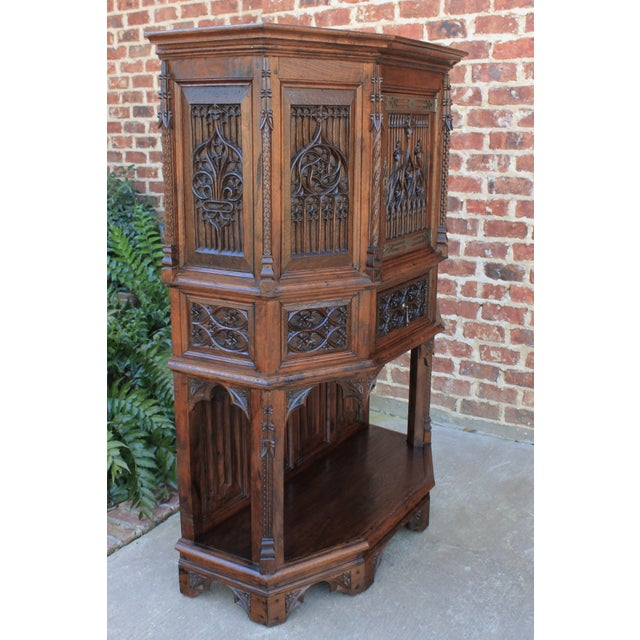 Antique French Gothic Vestry Sacristy Cabinet Oak 19th Century For Sale In Dallas - Image 6 of 13
