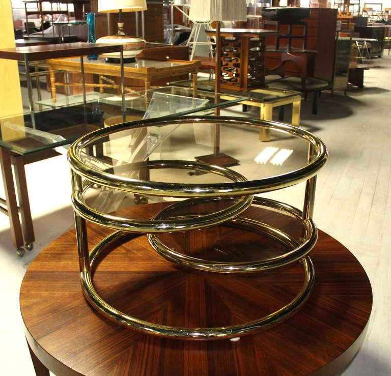 Lovely Mid Century Modern Round Tube Frame Expandable Coffee Table