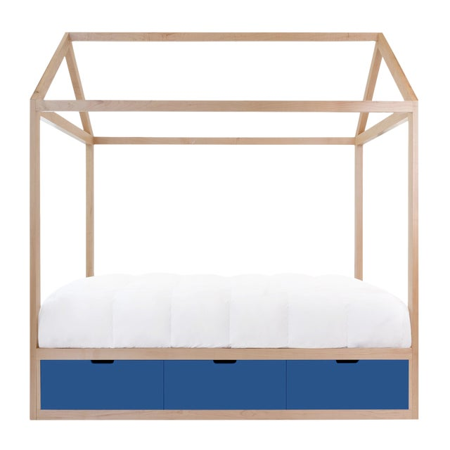 Domo Zen Twin Canopy Bed in Maple With Pacific Blue Finish Drawers For Sale