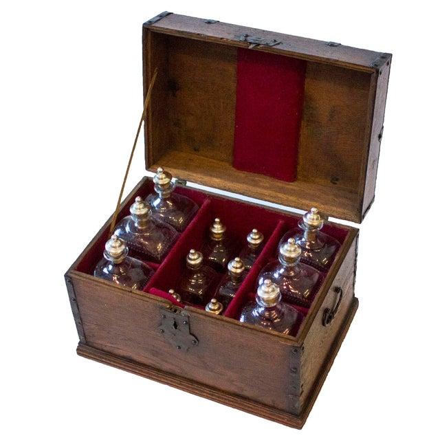 English 18th Century English Maritime Liquor Chest For Sale - Image 3 of 8