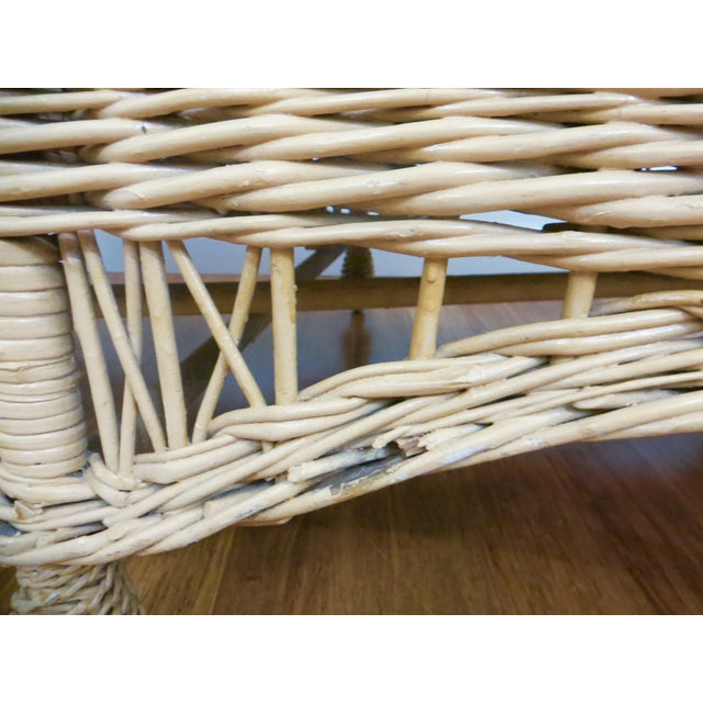 Vintage Wicker Rattan Daybed by Bar Harbor For Sale In Austin - Image 6 of 8