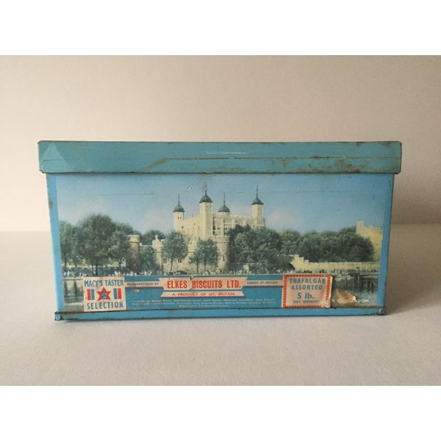 1940's Elkes Ltd. Trafalgar Large Square English Biscuit Tin Box With Lid For Sale In Kansas City - Image 6 of 11