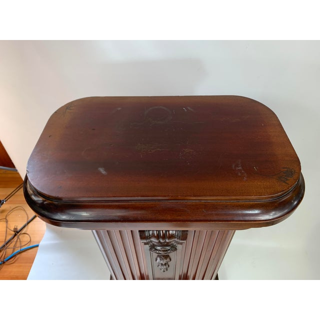 Late 19th Century 1870s Victorian Carved Mahogany Pedestal For Sale - Image 5 of 13