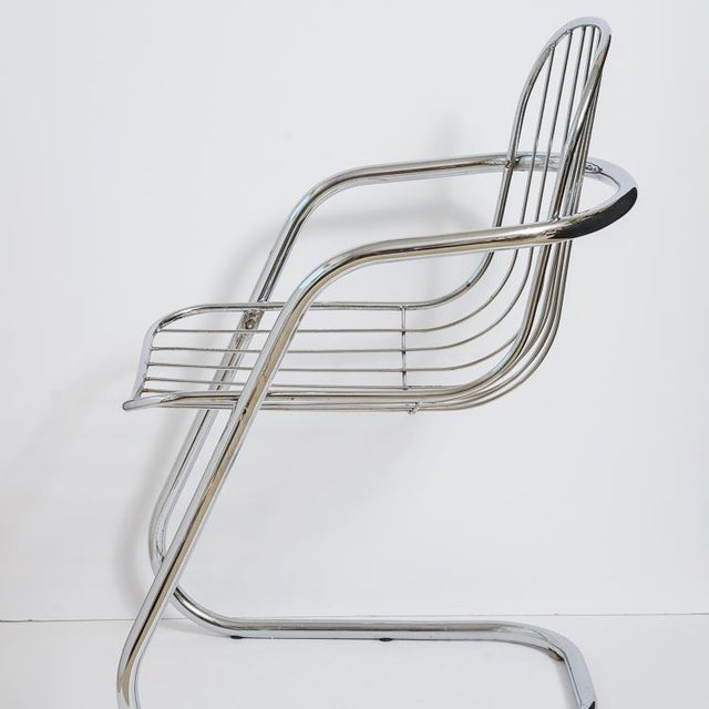 Mid-Century Modern Italian Tubular Chrome Cantilever Chairs - Set of 4 For Sale - Image 3 of 10