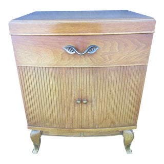Mid-Century Modern Rway Furniture Nightstand For Sale