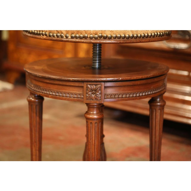 Fruitwood 19th Century French Louis XVI Carved Walnut Round Adjustable Swivel Piano Stool For Sale - Image 7 of 10