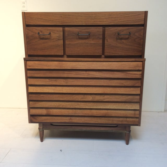 "1970s Mid-Century Modern Merton Gershun for American of Martinsville ""Dania"" Highboy Tall Chest For Sale - Image 13 of 13"